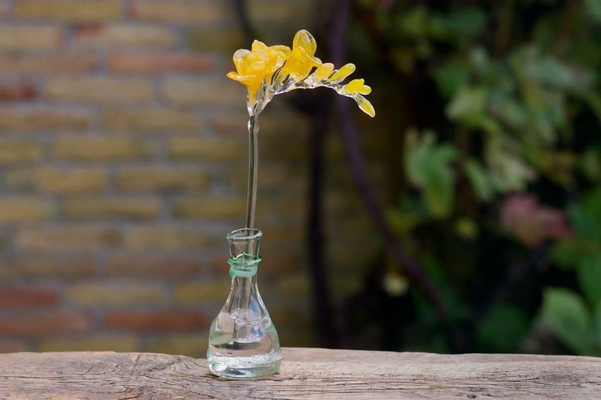 Glaskunst Glazen Fresia bloem tak vaas as