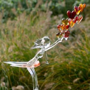 """Glaskunst """"Loslaten"""" vrouw met hartjes"""