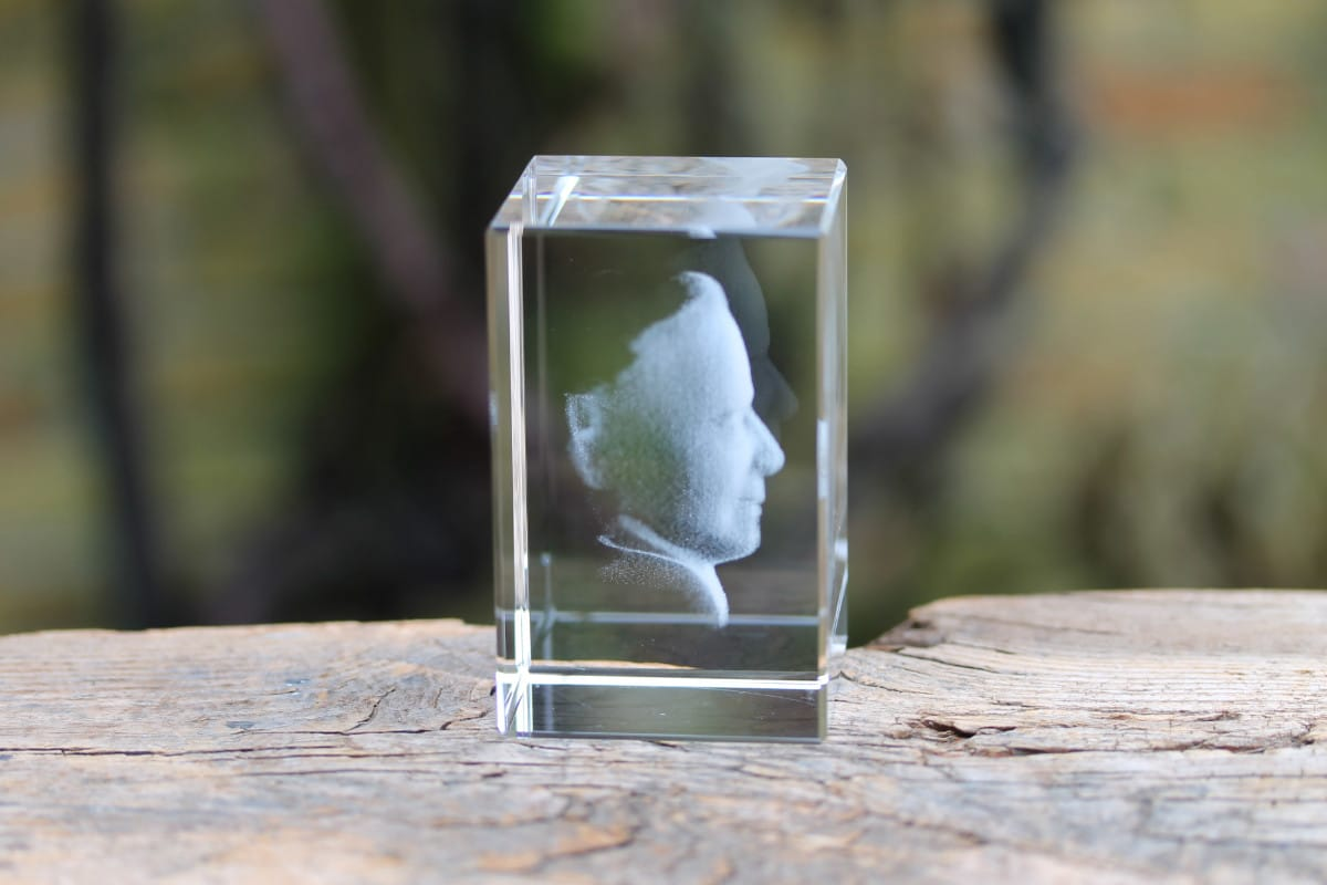 Foto in glas - Lasergravure Kristal Blok Verticaal 50x50x80 3D